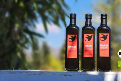 First-class extra virgin organic olive oil