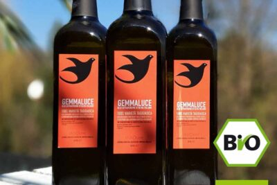 3 bottles of first-class extra virgin organic olive oil, from Taggiasca olives